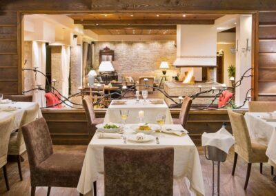 country-club-hotel-19-jpg.tmb-1100x800