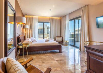 elysian-luxury-hotel-kalamata-01.tmb-1100x800
